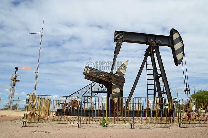Petroleo - Petroleum