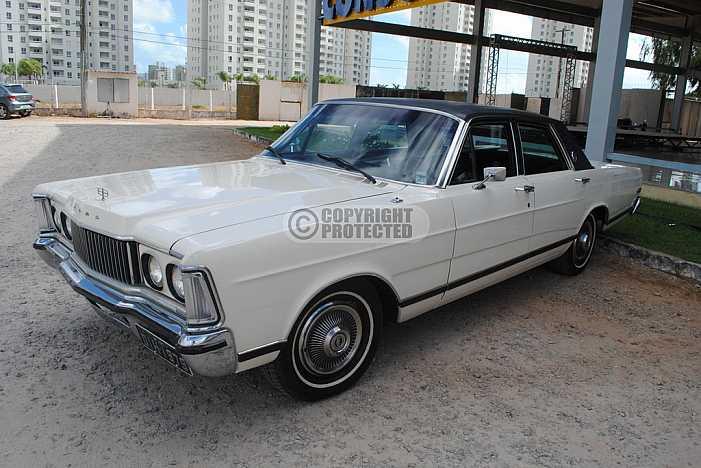 Carro antigo - Antique Car